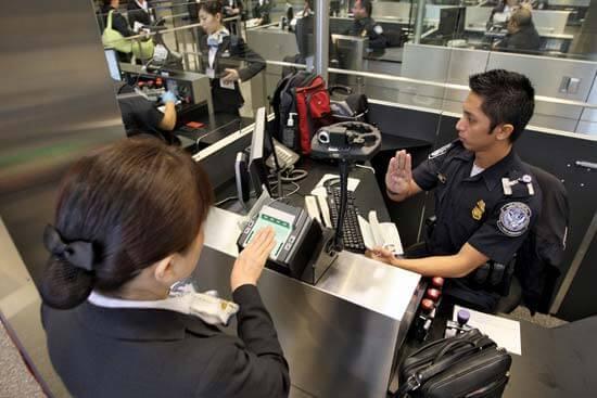 Bevándorlási ellenőrzés az USA-ba történő belépéskor