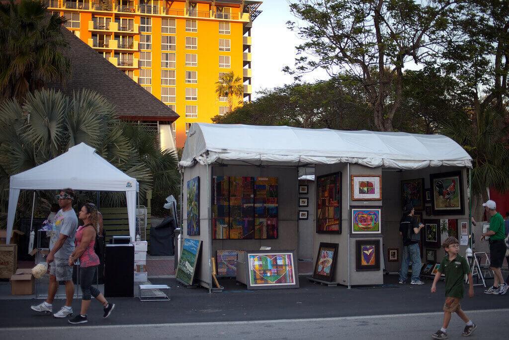 Látogass el a Coconut Grove Arts Festival-ra!